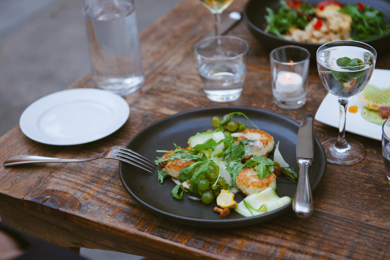 Experts Predict the Top Restaurant Industry Trends for 2016