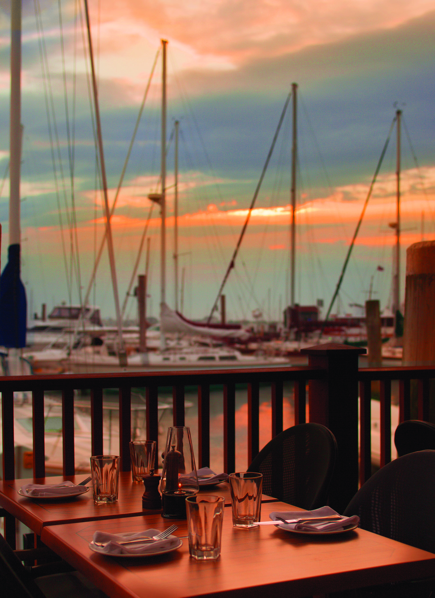 Dock and dine restaurants in New England