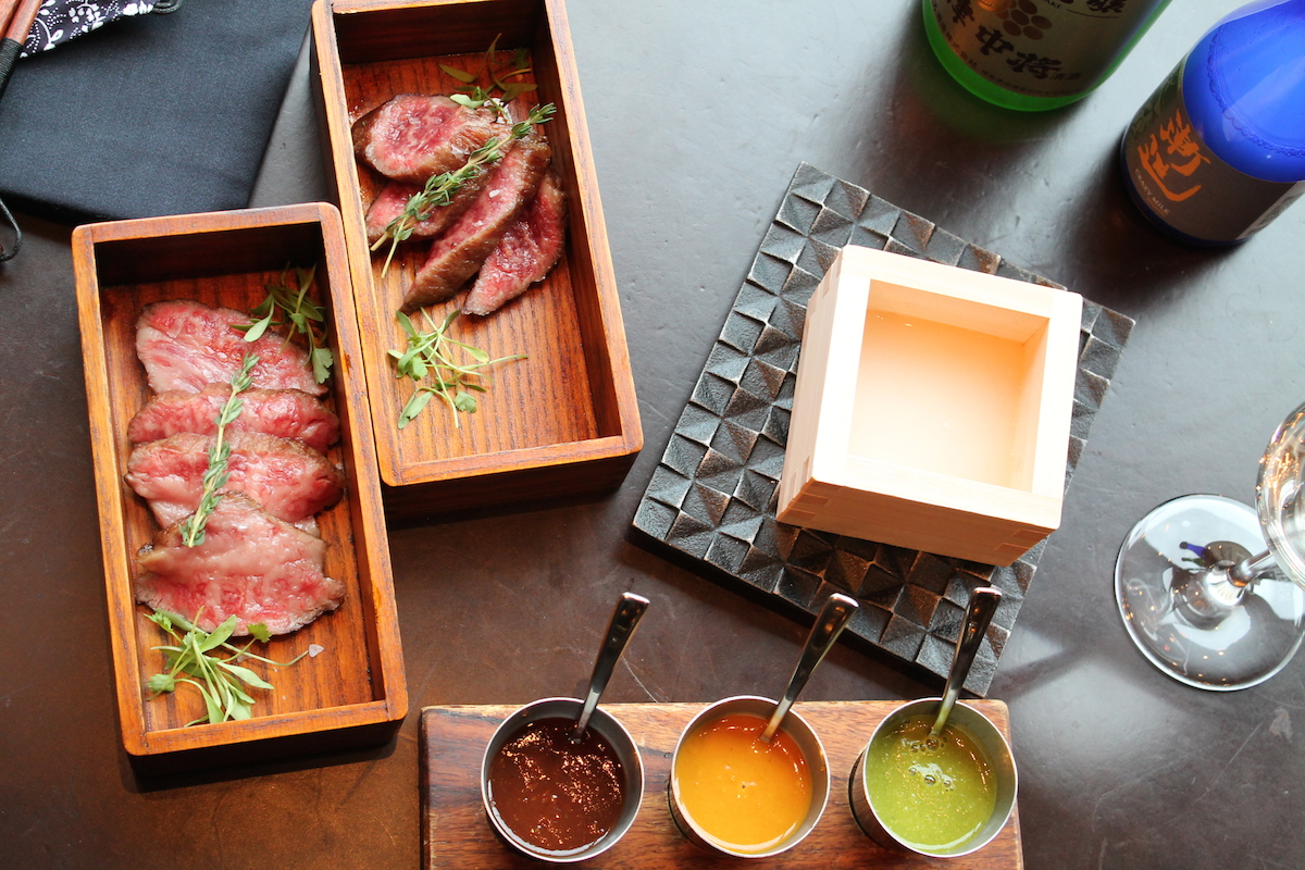 Astounding Dish In A Box 6 Courses Youll Want To Open At Your Next Meal Home Interior And Landscaping Eliaenasavecom