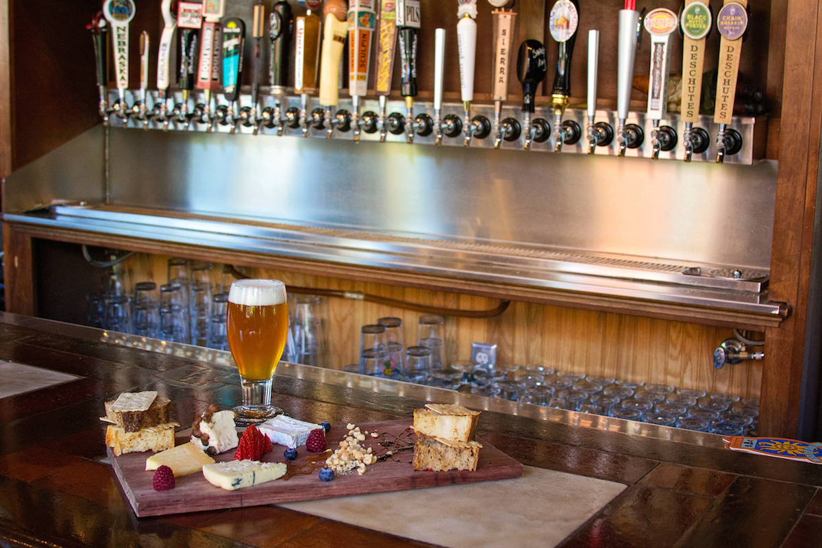 best restaurants for craft beer