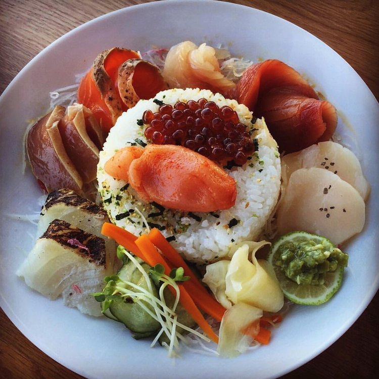 Restaurants for the Best Chirashi Bowls