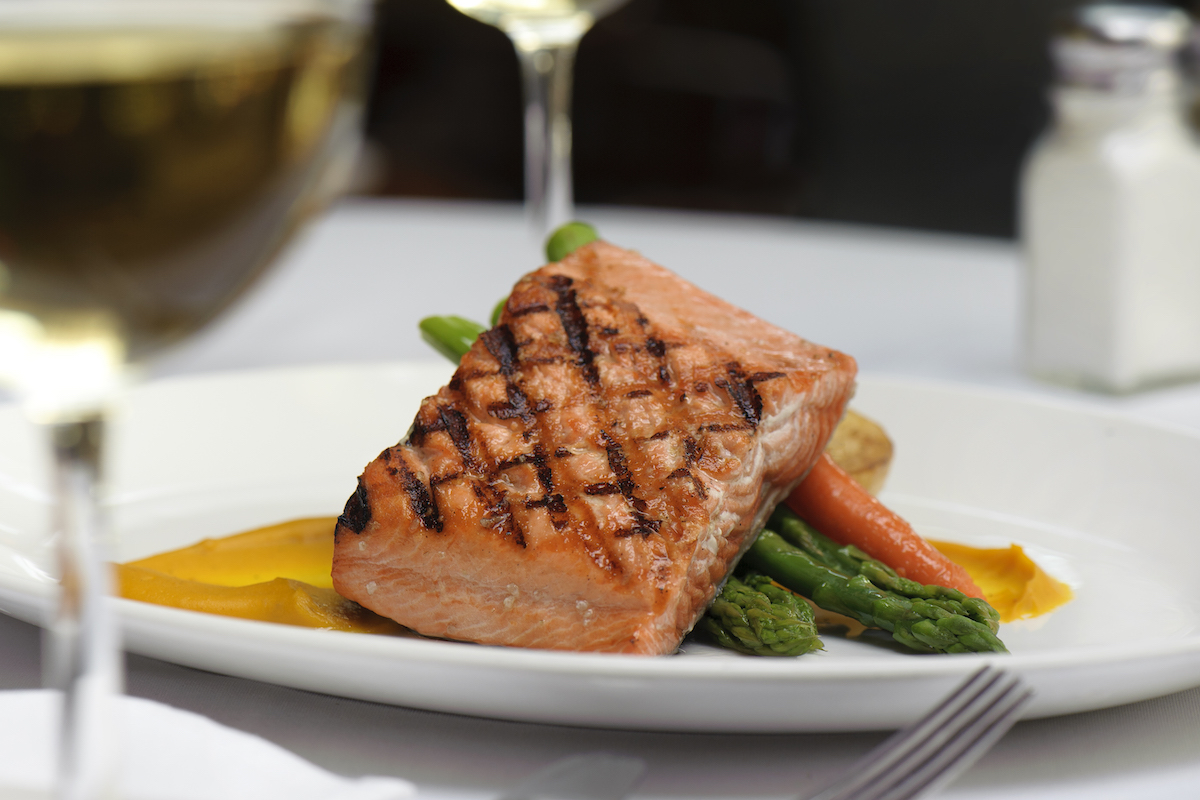 canada restaurants for salmon