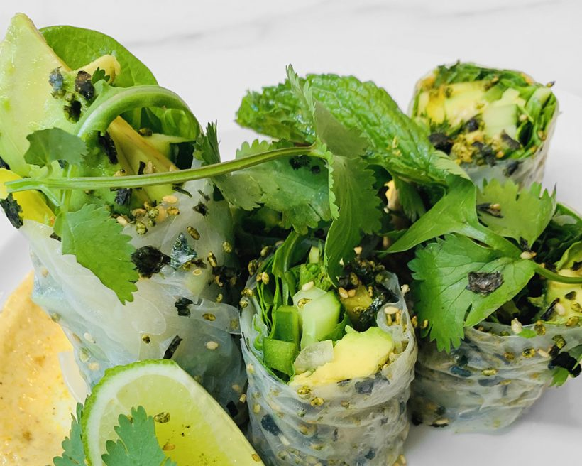 Vegetable- and herb-filled spring rolls