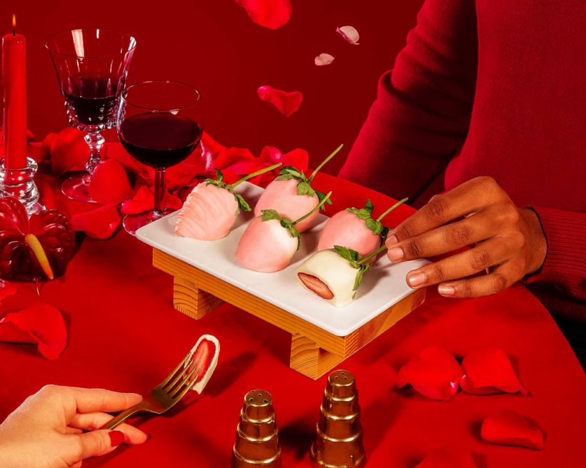 How to Recreate a Restaurant-Like Valentine's Day at Home