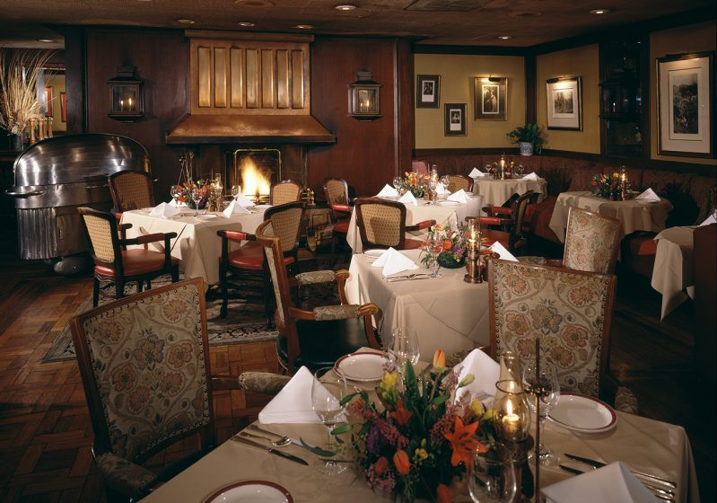 The dining room at House of Prime Rib