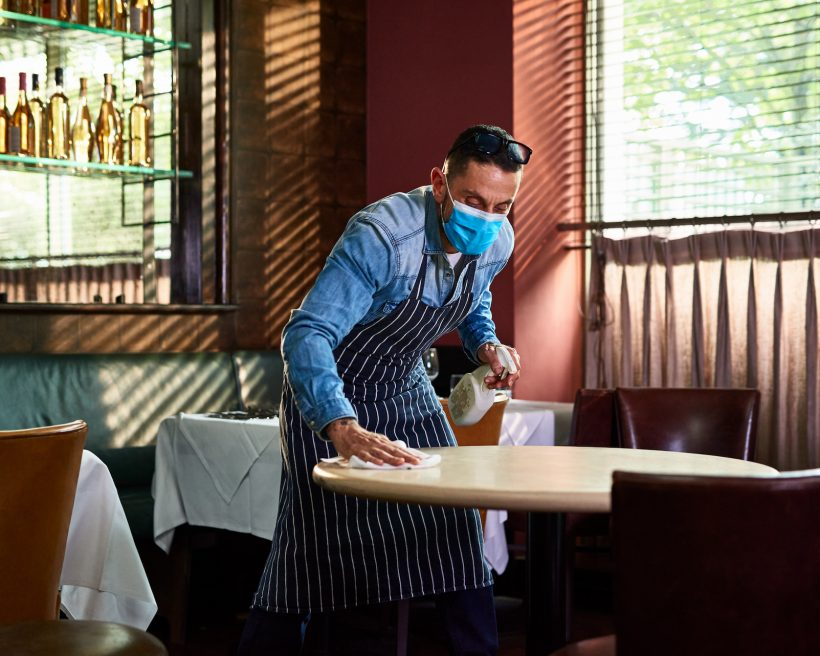 How Pandemic Dining Is Affecting Restaurant Workers' Mental Health